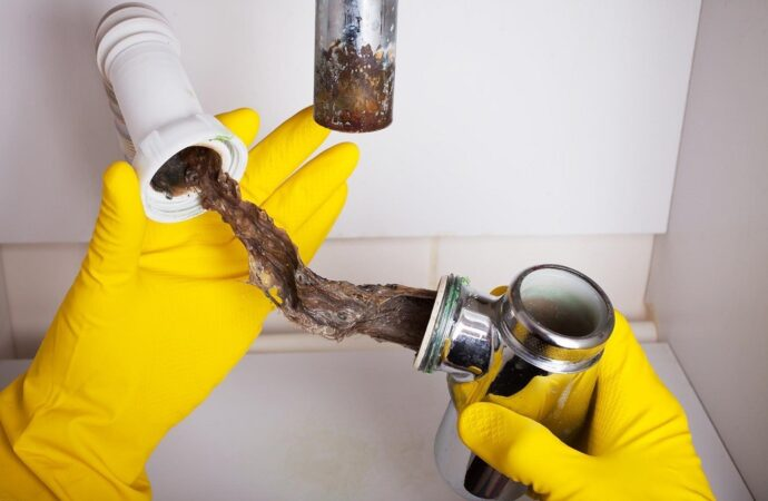 Drain-Cleaning-Springfield-Septic-Tank-Services-Installation-Repairs-We offer Septic Service & Repairs, Septic Tank Installations, Septic Tank Cleaning, Commercial, Septic System, Drain Cleaning, Line Snaking, Portable Toilet, Grease Trap Pumping & Cleaning, Septic Tank Pumping, Sewage Pump, Sewer Line Repair, Septic Tank Replacement, Septic Maintenance, Sewer Line Replacement, Porta Potty Rentals